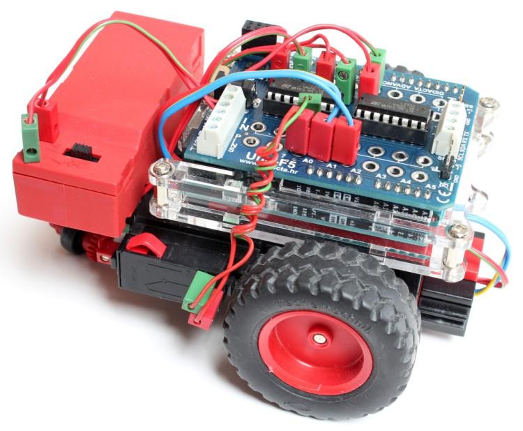Der Buggy als Spurfolger - mit fischertechnik-Spursensor und Uno F5 Shield